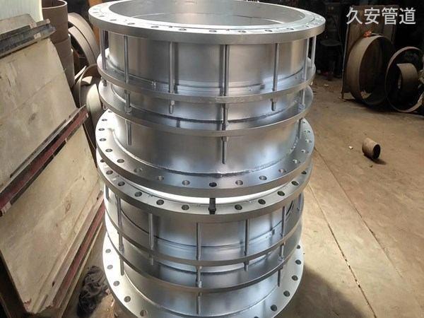 不锈钢伸缩器生产厂家